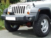 achetez warn kit de montage pour treuil warn sur pare choc d 39 origine pour jeep wrangler jk a. Black Bedroom Furniture Sets. Home Design Ideas