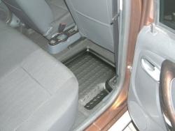 achetez carbox tapis de sol arriere droit pour dacia duster 4x2 et 4x4 de 04 2010 a 12 2013 au. Black Bedroom Furniture Sets. Home Design Ideas