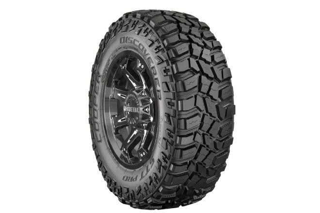 achetez cooper tires pneu discoverer stt pro cooper 305 70 18tl 126k au meilleur prix chez. Black Bedroom Furniture Sets. Home Design Ideas