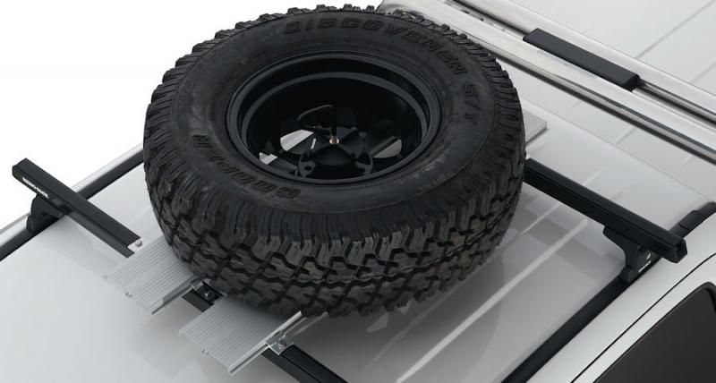 achetez rhino rack support pour roue de secours rhino rack au meilleur prix chez equip 39 raid. Black Bedroom Furniture Sets. Home Design Ideas