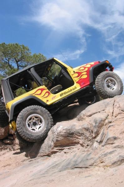 pneus bf goodrich mud terrain